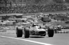 Search through 23 million images from 100 years of motorsport history. Lotus, Formula One, Grand Prix, Honda, Racing, Black And White, Spanish, Graham, Motor Sport
