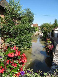 La Petite Rivière - Chablis, France
