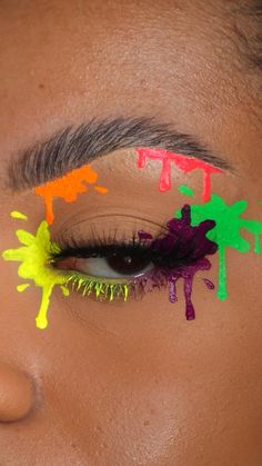 Crazy Eye Makeup, Creative Eye Makeup, Colorful Eye Makeup, Eye Makeup Art, Skin Makeup, Indie Makeup, Edgy Makeup, Maquillage On Fleek, Graphic Makeup