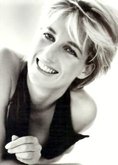 Diana,Princess Of Wales photo Diana-In-Black--White138.jpg