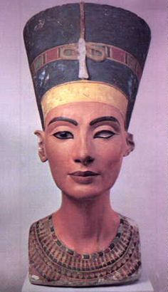 Nefertity the great queen of Egypt Akhnaton's wife her name means the beautiful is here ♥♥