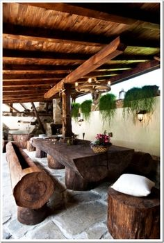 Rustic outdoor area....awesome