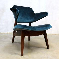 Located using retrostart.com > Lounge Chair by Louis van Teeffelen for Wébé
