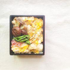 hiroさんのお弁当 - 鶏ささみの親子丼・エリンギ、しいたけ、ししとうのソテー・自家製紅ショウガ