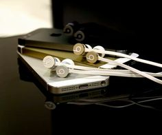 Special edition urBeats for iPhone 5S