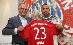 Arturo Vidal (CHI) - From Juventus (ITA) to Bayern Muenchen (GER) - £28million - 2015