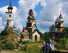ACCUEIL - Univers du poète ferrailleur LIZIO BRETAGNE Notre Dame, Mansions, House Styles, Building, Travel, Rando, Internet, Traveling, Brittany