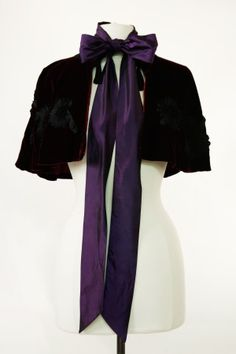 Purple Cape - The Avonlea Collection - When I take my dream trip to PEI, I WILL wear this.
