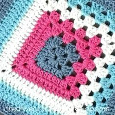 This 9 inch Split Granny Square is the Afghan Block in the Crochet A Block Afghan 2017 Crochet Along! Crochet Squares, Crochet Motifs, Crochet Blocks, Granny Square Crochet Pattern, Crochet Granny, Crochet Blanket Patterns, Granny Square Blanket, Crochet Stitches, Granny Squares