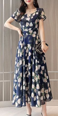 Round neck floral printed blue chiffon maxi dress, fashion elegant style, best for the party. Round neck floral printed blue chiffon maxi dress, fashion elegant style, best for the party. Dresses Elegant, Stylish Dresses, Simple Dresses, Casual Dresses For Women, Beautiful Dresses, Fashion Dresses, Pretty Dresses For Women, Dresses Dresses, Fall Dresses