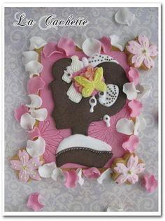 和服女性のアイシングクッキーの画像   La Cachette Kimono lady silhouette