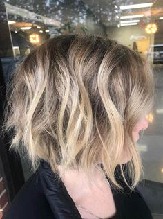 Awesome Balayage and Textured Bob Haircuts in Year 2020 Bob Haircuts, Bob Hairstyles, Textured Bob, Hair Color Balayage, Cut And Style, Hair Looks, Bob Cuts, Hair Cuts, Portrait