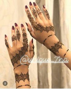 Likes, 23 Kommentare - Inst Daily Henna Inspiration Inst ( . Modern Henna Designs, Arabic Henna Designs, Stylish Mehndi Designs, Mehndi Design Photos, Henna Designs Easy, Beautiful Mehndi Design, Mehandi Designs, Finger Henna Designs, Mehndi Designs For Fingers