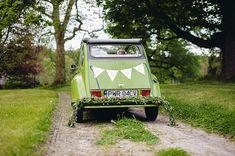 zdjęcie:  PhotoDuet    |    chorągiewki i girlanda: minwedding