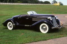 Vintage Cars, Antique Cars, Prestige Car, Old Classic Cars, Old Models, Boat Building, Sexy Cars, Old Cars, Auburn
