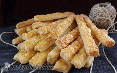 Sajtos-tejfölös rudacskák recept fotóval Onion Rings, Carrots, Dairy, Cheese, Meat, Chicken, Baking, Vegetables, Ethnic Recipes