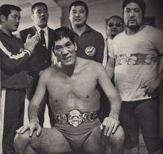 Japanese Wrestling, Athletic Men, Wwe Wrestlers, Fight Club, Professional Wrestling, Wwe Superstars, Japanese Culture, Martial Arts, Athlete