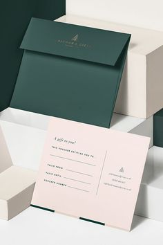 Branding design for Jakeman & Green, a sustainable salon focused on hair color. Stationary Branding, Hotel Branding, Stationary Design, Identity Branding, Corporate Branding, Luxury Branding, Bakery Branding, Wedding Branding, Branding Template