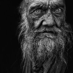 Portrait by Lee Jeffries Black And White Portraits, Black White Photos, Black And White Photography, Lee Jeffries, Best Photographers, Portrait Photographers, Old Faces, Interesting Faces, Street Photography