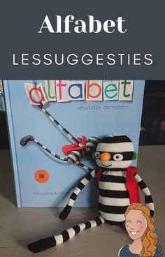 Alfabet lessuggesties Letter School, Diy And Crafts, Kindergarten, Teaching, Lettering, Education, Writing, Books, Stage