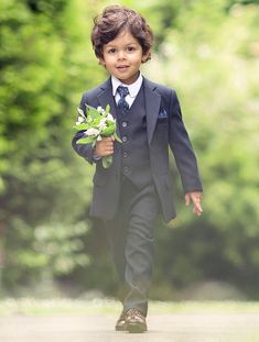 Shop boys navy formal suit Philip at Roco. Boys navy suit with free UK delivery & 30 day returns. Boys Wedding Suits, Boys Formal Suits, Boys Suits, Wedding With Kids, Wedding Navy, Dress Wedding, Wedding Flowers, Boys Navy Suit, Navy Slim Fit Suit