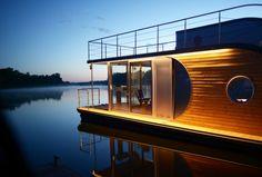 Urlaub auf dem Wasser kann so schön sein besonders mit Hausboote, die um von Stadt zu Stadt zu reisen dienen .
