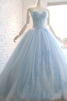 Sweetheart Lace Ball Evening Dress With Court Train, Light Blue Prom Dress Prom Girl Dresses, Prom Dresses For Teens, Backless Prom Dresses, Prom Dresses With Sleeves, A Line Prom Dresses, Lace Evening Dresses, Mermaid Prom Dresses, Prom Gowns, Dress Prom