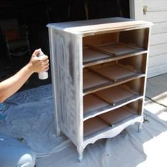 How to Paint Wood Furniture {spray paint}  http://www.tipjunkie.com/diy-decorating/paint/spray-painting/how-to-paint-wood-furniture-spray-paint/