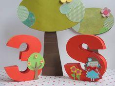 Letra e número 3D para enfeites para decoração de festas. Feito 100% com material de scrapbook. Personalizado de acordo com o tema. Faço em outras cores, todo o alfabeto e qualquer número. O preço é cobrado por unidade. R$ 18,00