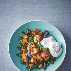 Comforting sweet potato hash by Lorraine Pascale for the fast smart supper #ThisIsaSmartWoman For more recipes, click the picture or head to www.redonline.co.uk