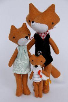 Family of foxes found in miaki's flickr stream.  So cute.