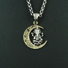 GANESH SITTING on CRESCENT MOON 925 STERLING SILVER Men's Women's PENDANT gb-084