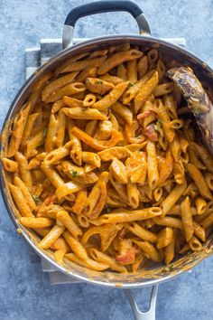 Everything you love about fajitas transformed into the creamiest andtastiest pasta. This spicy pasta makes a great addition to your weeknight routine and is ready in under 20 minutes! In case you…