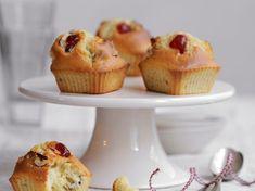 Découvrez la recette Muffin aux cerises confites sur cuisineactuelle.fr.