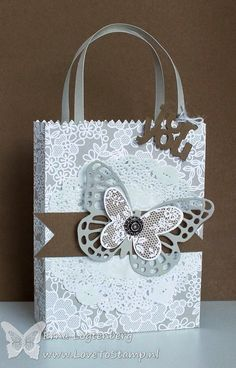met Erna Logtenberg (Love To Stamp): Stampin' Up! Paper Bag Crafts, Paper Gift Bags, Pretty Packaging, Gift Packaging, Craft Bags, Craft Gifts, Decorated Gift Bags, Paper Purse, Creative Gift Wrapping