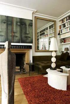 artist Yanne Kintgen´s Paris apartment