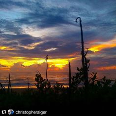 Good Morning #staugustinebeach Great photo - @christopheralger  #nofilter #beautiful #beach #staugustine #void #904happyhour #morning #clouds #ocean #colorful #igersjax #florida #sunrise #clouds #cloudporn #sky #skylovers #skyporn #skypainters #sunset #goodmorning