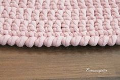 List of attractive matto virkattu ohje ideas and photos Crochet Carpet, Crochet Rugs, Merino Wool Blanket, Free Knitting, Handicraft, Projects To Try, Pillows, Diy, Handmade