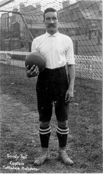 Sandy Tait of Tottenham Hotspur in British Football, Retro Football, Football Cards, Football Players, Tottenham Hotspur Players, Spurs Fans, White Hart Lane, Association Football, Most Popular Sports