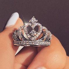 Engagement Rings Princess, Rose Gold Engagement Ring, Diamond Wedding Bands, Princess Rings, Princess Tiara, Romantic Princess, Princess Party, Engagement Jewelry, Wedding Engagement