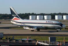 Photo of N302DL Boeing 737-232(Adv) by Morris Biondi