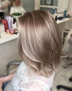"5,521 gilla-markeringar, 149 kommentarer - ОКРАШИВАНИЕ ВОЛОС Москва (@beautyroom_by_miroslava) på Instagram: ""Еще одна любимая мною работа!😍 ⠀ Шикарное сложное окрашивание.🔥 Цвет лег превосходно! ⠀ Милые мои…"" Ash Blonde Hair, Brunette Hair, Curly Hairstyles, Bob Hairstyle, Summer Hairstyles, Hair Inspo, Hair Inspiration, Graue Balayage, Different Blond"