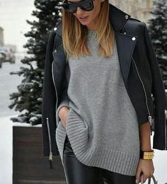 Gris & noir mais rien d'ennuyant  #lookdujour #ldj #cozy #pull #leatherjacket #black #grey #inspiration #ootd #outfitinspo #comfy #auchaud #winter #fashion #regram  @high_5_to_fashion