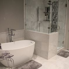 Bathroom decor for your bathroom remodel. Discover bathroom organization, master bathroom decor tips, bathroom tile a few ideas, master bathroom paint colors, and much more. Home Renovation, Bathroom Renovations, Home Remodeling, Bathroom Makeovers, Bathroom Renos, Bathroom Layout, Bathroom Interior Design, Bathroom Ideas, Bathroom Organization