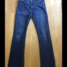 "BKE Jeans EUC BKE Bootcut jeans. No stains or tears. Inseam 30"". Any reasonable offer will be considered. BKE Jeans Boot Cut"