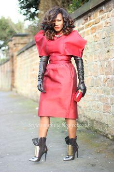 "Style is my thing blogspot "" Glam on "" Soraya de Carvalho - style blogger| freelance fashion stylist | image consultant http://styleismything.blogspot.com/"