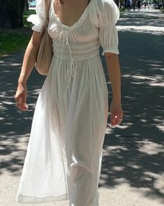 (35) Tumblr Haute Couture Fashion, Trending Topics, Britney Spears, Celebrity Style, Short Sleeve Dresses, Feminine, Celebs, Boho, Stylish