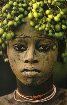 East Africa Tribal decoration (Hans Silvester)