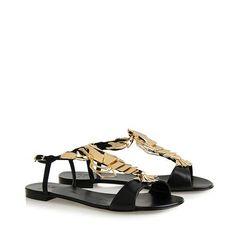 Black tassel. 'lobstel' gold metal detail Heel 1.5 cm