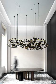 carpenters' workshop gallery/frederik molenschot via: plannedspace Cool Lighting, Modern Lighting, Lighting Design, Lighting Ideas, Light Fittings, Light Fixtures, Blitz Design, Style Parisienne, Ceiling Lamp